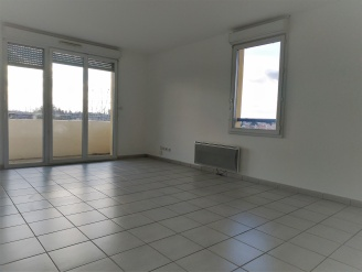 Location  MURET appartement 3 pieces, 70m2 habitables, a MURET